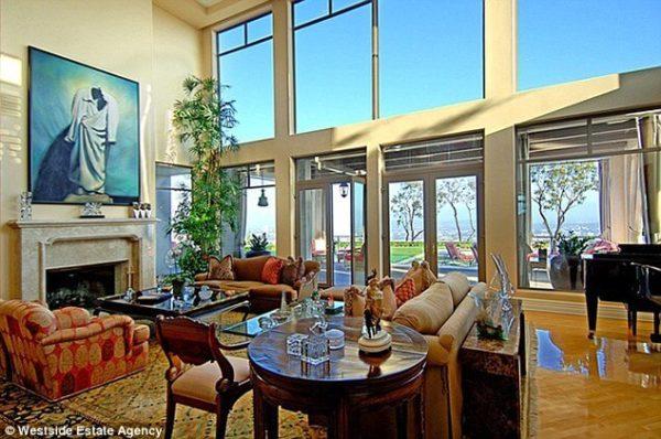Dr Dre Sells Home for Hefty Profit 5