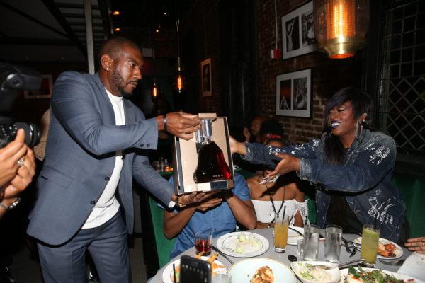 Missy Elliott and Lil Kim Attend a Star-Studded Dinner at  Jue Lan Club (PICS) 7