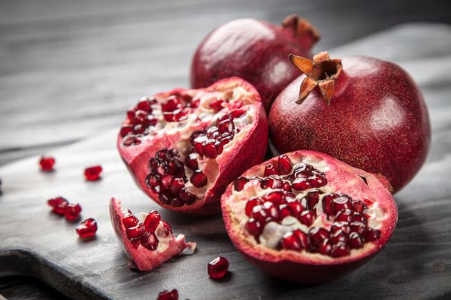pomegranates prevent heart attacks