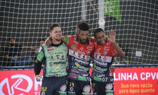 Cascavel Futsal aplica mais uma goleada na Taça Brasil