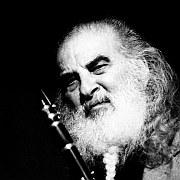 """""""Pionier der Weltmusik"""" Zum 100. Geburtstag des Klarinettisten Tony Scott"""