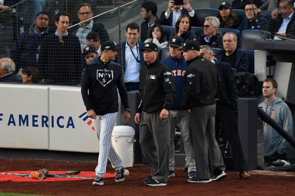 Home Plate Umpire Diagnosed With Concussion In Game 3