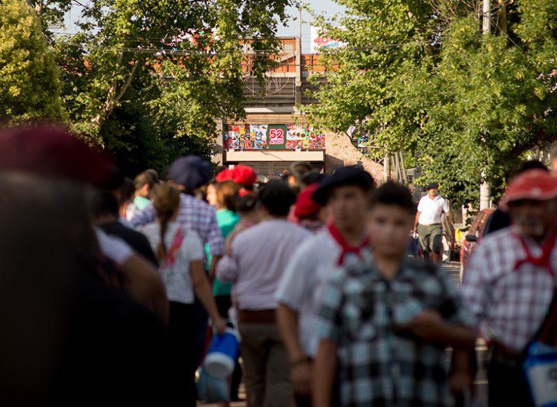 Miles de turistas arriban a Jesús María cada mes de enero.