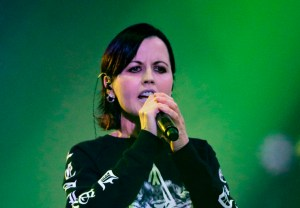 Muere vocalista de The Cranberries