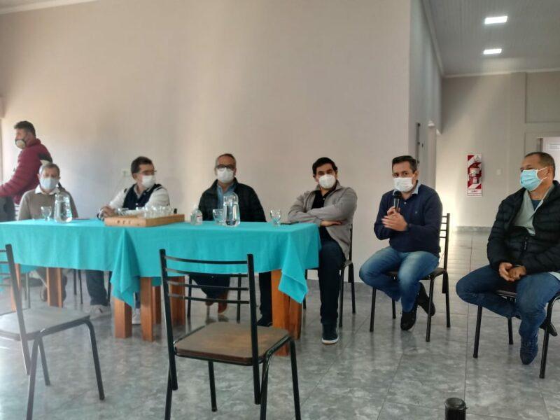 San-Vicente-reunion-con-referentes-religiosos-sociales-y-educativos-5