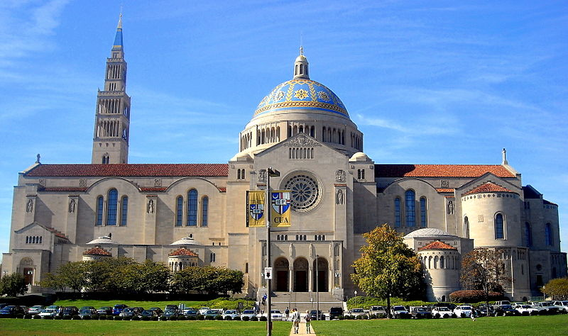 800px-Basilica_of_the_National_Shrine_of_the_Immaculate_Conception
