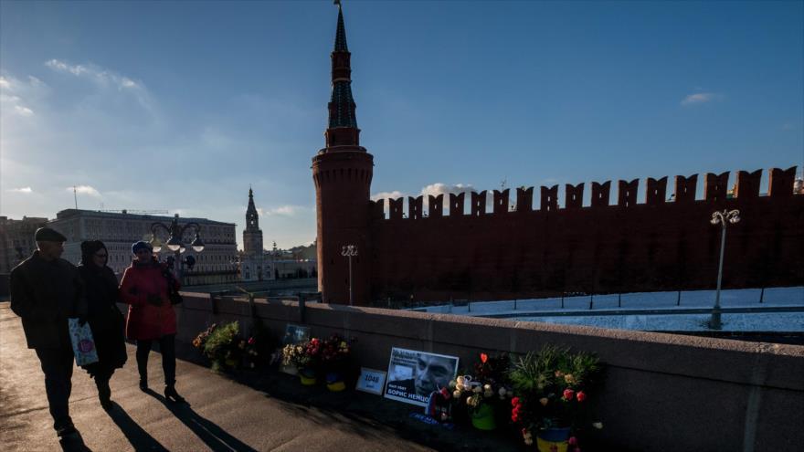 EEUU irrita a Rusia al renombrar la calle de su embajada en Washington - moscu