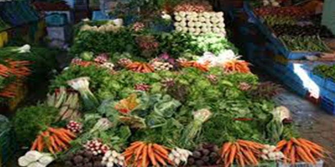 بلدية قبلي: تنظيم السوق الاسبوعي للخضر و إزالة الانتصاب الفوضوي .