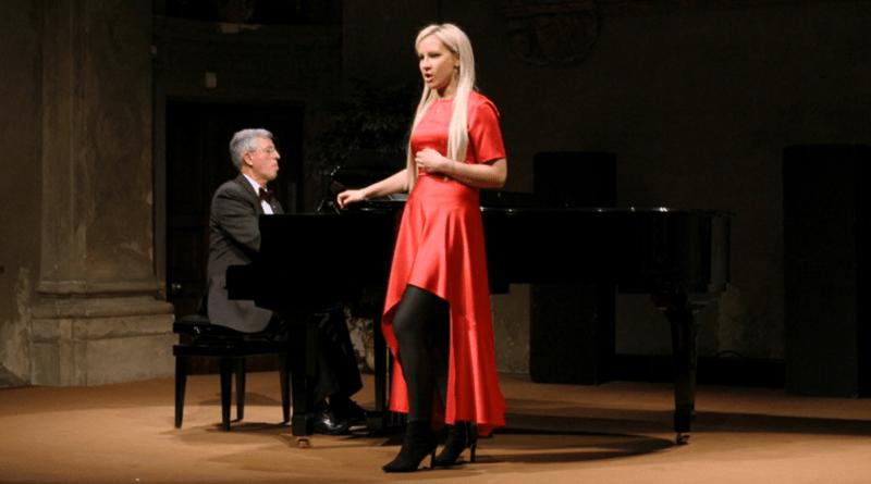 DO ODSŁUCHANIA: Dominika Zamara, solistka. Zaproszenie na koncert w Niepokalanowie