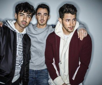 Jonas_Brothers_radiopoint