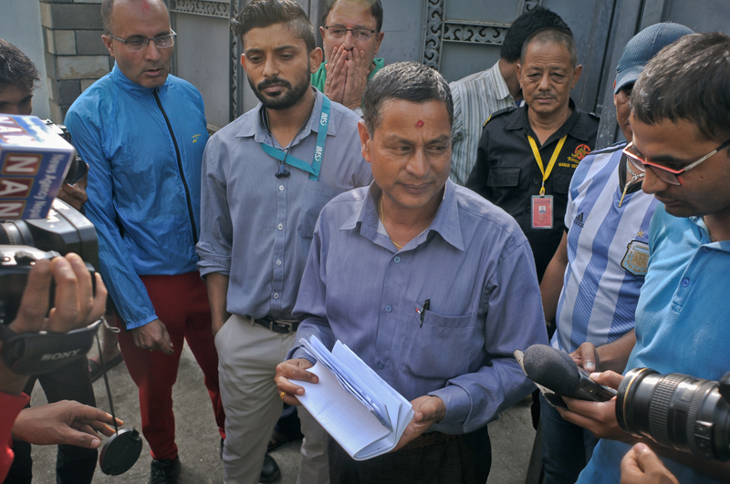 Sambhu Khatri from the Supreme Court (SC) at the house of CIAA Chief Lok Man Singh Kari at Old Baneswor, Kathmandu on Wednesday, October 05, 2016. Sambhu Khatri had gone to the house to give notice to Lok Man Singh Karki to be present at the SC. But after knowing the house was given on rent, he returned without any action. Photo: Bijay Gajmer/Republica/Nagarik