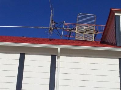 Le STL (studio to transmitter link) est resté pointé dans la bonne direction.