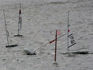 RC-Laser-Extreme-Weather-Sailing-2-300x228 (300x228) (2)