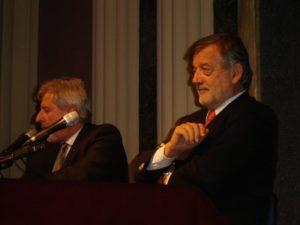 a sinistra il Bonvecchio, a destra l'ex Gran Maestro Gustavo Raffi