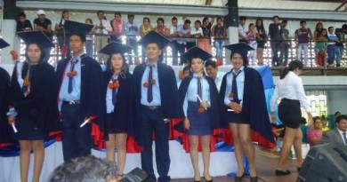 Una comisión de padres de familia de las comunidades de la frontera en la provincia de Sucumbíos, se reunieron con autoridades educativas con la finalidad se retomen el ingreso de estudiantes menores de 15 años a la educación a distancia.