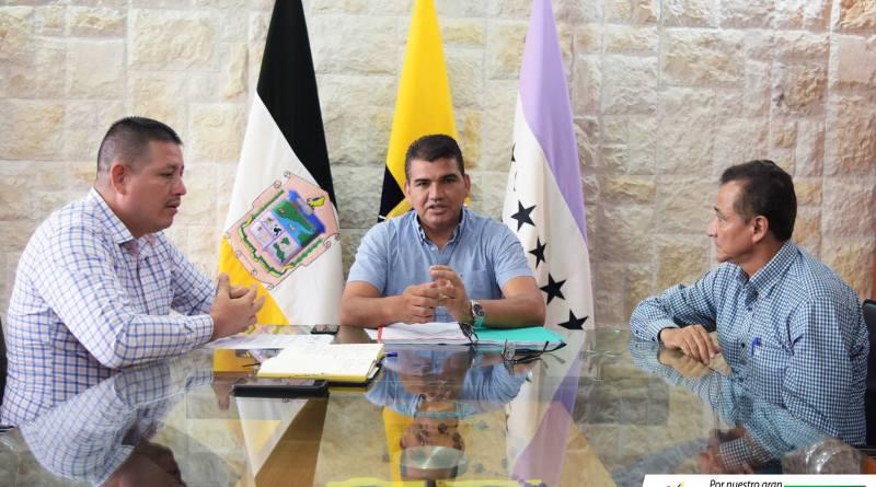 Para la asamblea del 23 se cursaron invitaciones al presidente de la república y ministros de estado para que expliquen el veto parcial emitido a la ley Amazónica, señala el prefecto