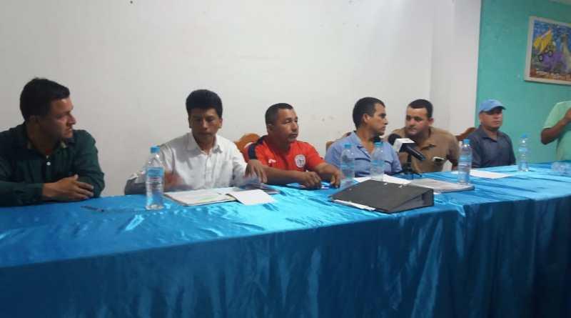 Trabajadores del municipio de Lago Agrio exigen pago de horas extras y suplementarias