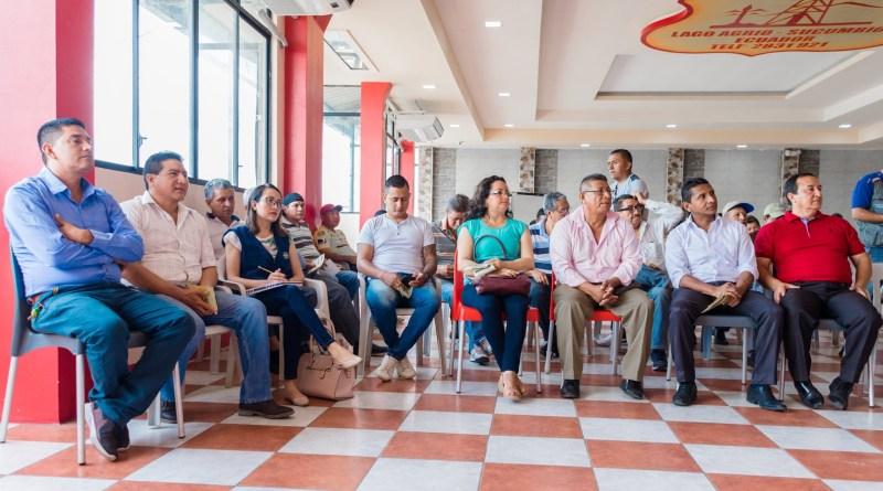 Taxistas de Sucumbíos implementan el aplicativo móvil para un servicio inmediato hacia los usuarios