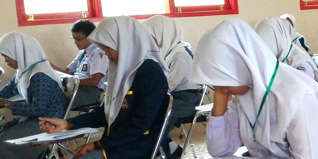 Mengejutkan, Satu SMAN di Solok Selatan Masuk Lima Besar UN Tingkat Provinsi