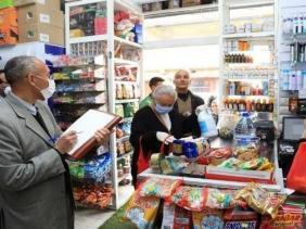 صورة طاهر بولنوار لموقع الإذاعة : مسؤولية التزام الزبائن بشروط الوقاية من الوباء تقع على عاتق التجار