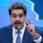 """""""Es un payaso"""": Maduro arremetió contra Bolsonaro por su posición con respecto a las vacunas anticovid"""