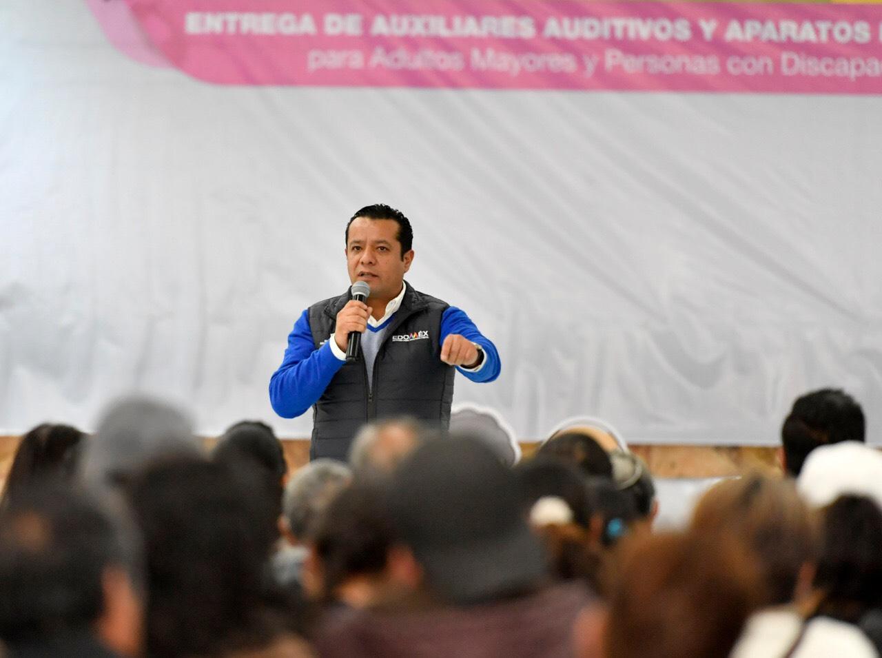 DIFEM DUPLICA ENTREGA DE APARATOS AUDITIVOS PARA PERSONAS ADULTAS MAYORES Y CON DISCAPACIDAD