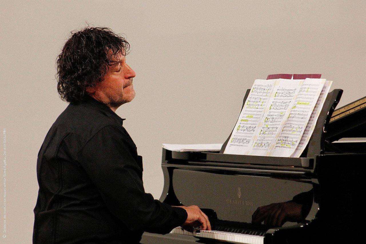 FALLECE EL PIANISTA CARLOS ALBERTO PECERO