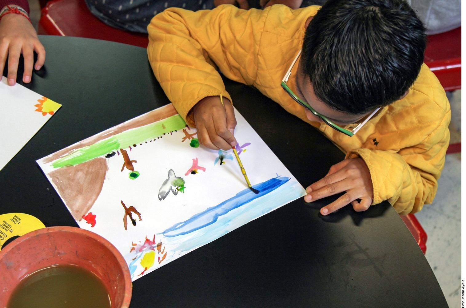 CERCA DE 700 PLANTELES EDUCATIVOS REGRESAN A CLASES EN LA REGIÓN DE LOS VOLCANES