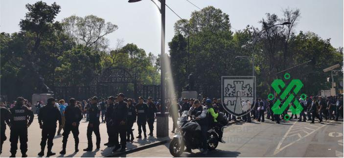 MARCHAN POLICÍAS FEDERALES EN PASEO DE LA REFORMA