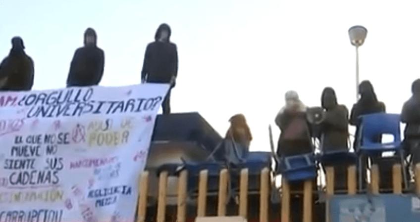 SEÑALA EL PRESIDENTE QUE EN CONFLICTO DE LA UNAM HAY MANO NEGRA