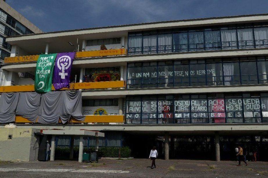 TRAS CINCO MESES DE PARO UNAM RECUPERA INSTALACIONES DE LA FFYL