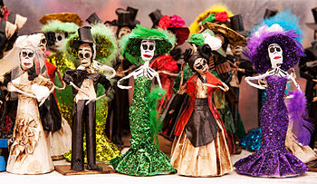 English: Catrinas, traditions figures of day o...