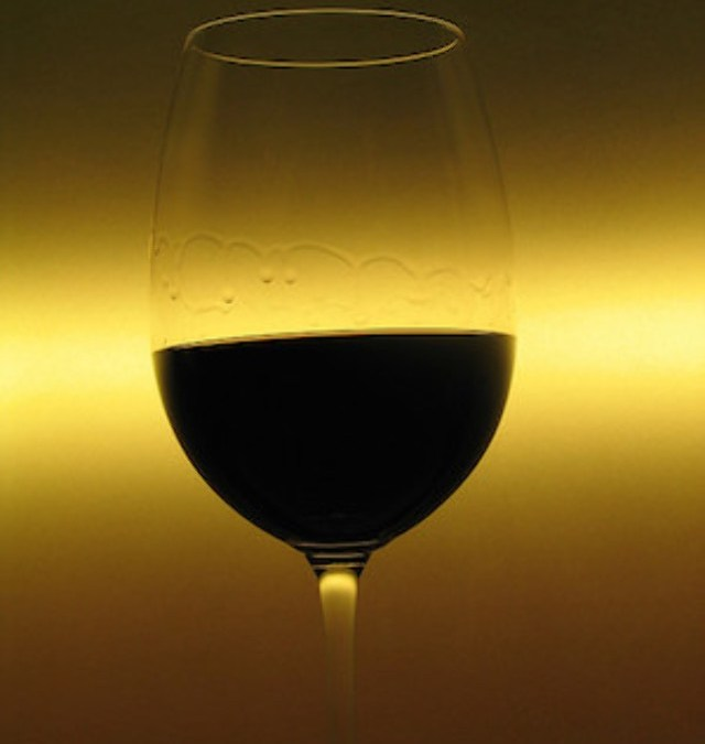 Host Your Own Wine Tasting at Radwyn Apartments in Bryn Mawr With These Tips