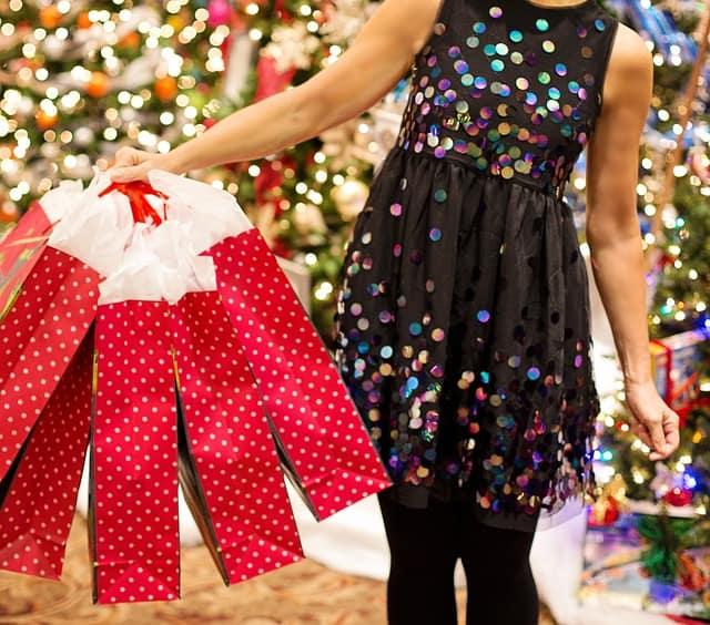 Go Shopping, See Santa at Suburban Square in Ardmore