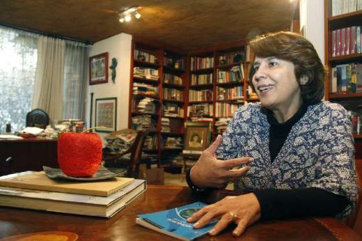 Rosalía Arteaga, educadora y poeta