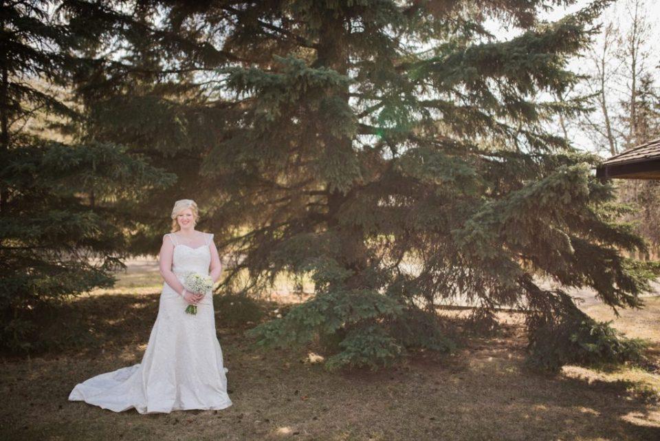 Bridal portrait at Buffalo Lake, AB