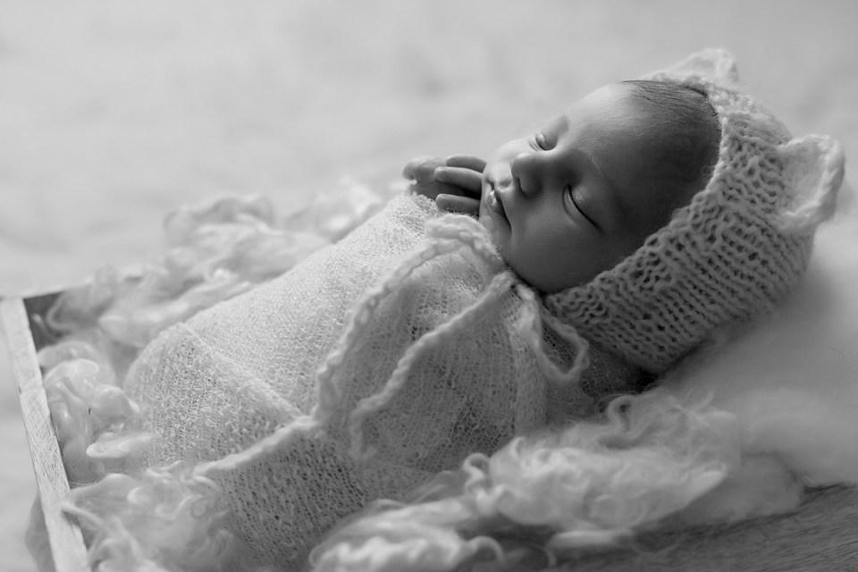 Newborn Baby Boy Photos   Stettler Photographers  _0114.jpg