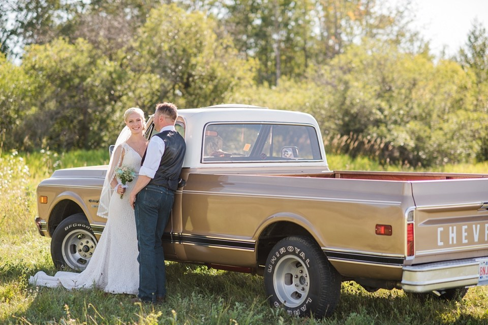 Rustic Ponoka Moose Hall Wedding | Red Deer Photographers | Ponoka, Alberta