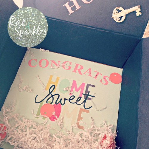 Decorate a Gift Box for a New Home