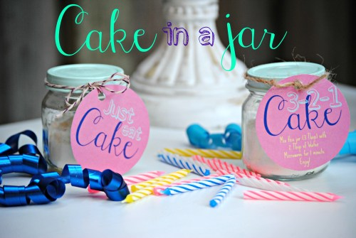 DIY Cake In A Jar // 3-2-1 Cake