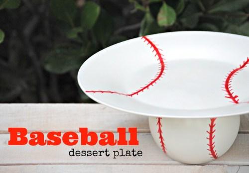 DIY Baseball Dessert Plate // Baseball Themed Party