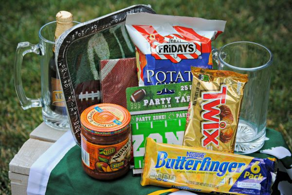 What to put in a football gift basket