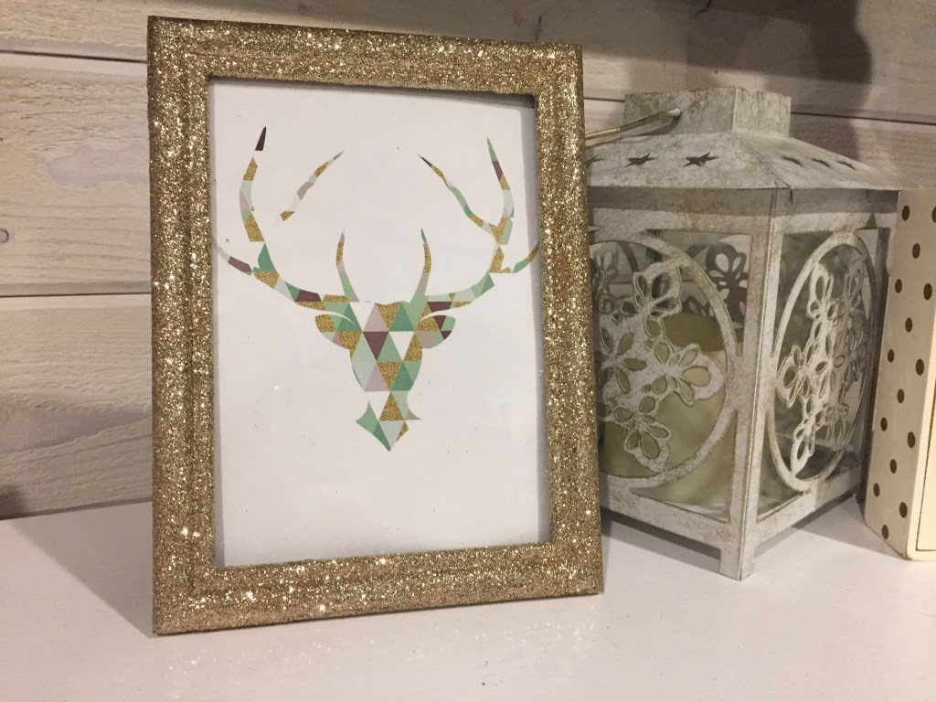 DIY Super Easy Sparkle Frame