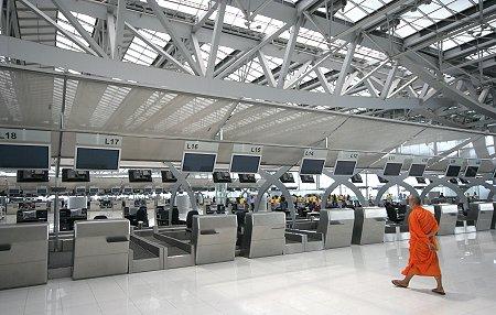Cómo sobrevivir al Aeropuerto de Bangkok (1/4)