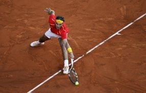Rafael Nadal beats Sergiy Stakhovsky 60 60 64 Davis Cup (1)