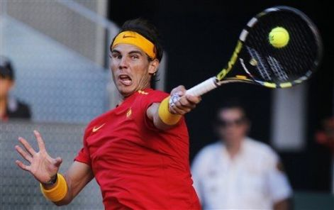 Rafael Nadal beats Sergiy Stakhovsky 60 60 64 Davis Cup (8)