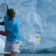 Nadal and Djokovic play tennis Perito Moreno glacier (5)