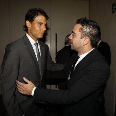 Rafa withXavi Hernández. Photo: Pep Morata/Mundodeportivo.com