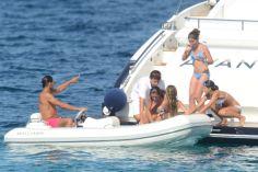 Rafael Nadal enjoys holiday with girfrliend Maria Francisca Perello (13)