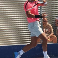Rafael Nadal practicing Mallorca wrist injury (16)